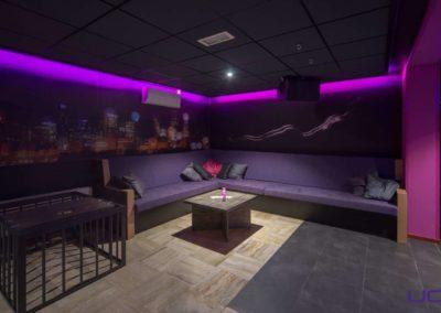 Foto 1b van het zitgedeelte van de Foyer van Swingersclub Parenclub Ultimate Dream te Beek en Donk